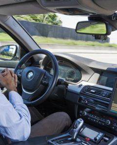 Autonomes Fahren bei BMW (Foto: BMW)
