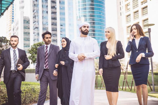 Amazon übernimmt Online-Marktplatz aus Dubai für etwa 700 Millionen US-Dollar und spielt ab sofort eine dominante Rolle als Händler in den Vereinigten Arabischen Emiraten, Ägypten und Saudi-Arabien (Foto: Fotolia, Urheber: oneinchpunch, Boltwise Corp., 27.03.2017 - 12:34:02 - 141267021)