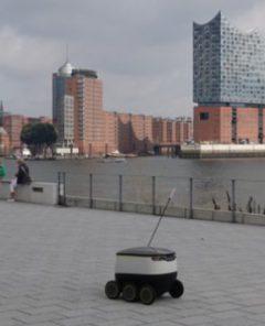 Pizza-Liefer-Roboter wird ab Sommer 2017 erstmals in Hamburg Kunden beliefern (Foto: Starship Technologies)