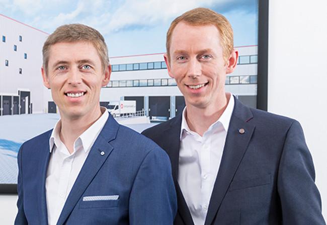 Bereits seit 2004 verkauft der Händler über den Shop Lampenwelt.de Produkte. Gegründet wurde das Unternehmen von Thomas Rebmann und seinem Bruder Andreas Rebmann.