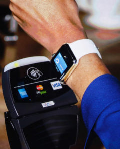 Visa arbeitet zudem eng mit Apple Pay zusammen