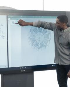 Microsoft-Mitarbeiter arbeiten an neuen Visionen für Nutzer der Welt