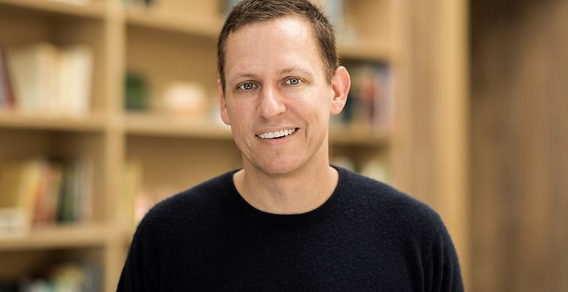 Peter Thiel ist ein US-amerikanischer Investor mit deutscher Herkunft