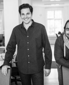 Auto1-Gründer Christian Bertermann (l.) und Hakan Koç. (Foto: Auto1)