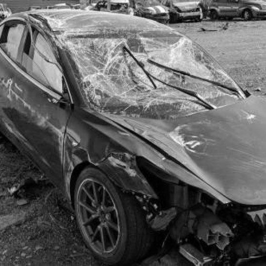 Das Unfallauto (Foto: StapleGun/Reddit)