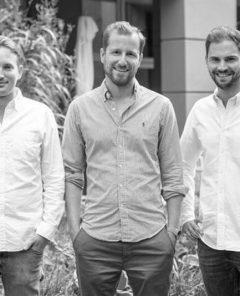 McMakler-Geschäftsführung Lukas Pieczonka, Felix Jahn und Hanno Heintzenberg (von links)