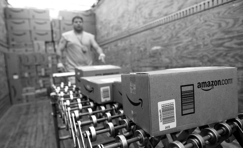 Werbung auf Amazon-Paketen: Amazon arbeitet mit Marken wie General Mills, Levi's und AT&T an einem Pilotprojekt (Foto: Pressematerial)