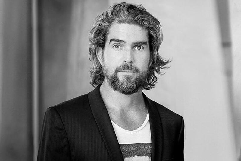 """Nils Glagau wird neuer Löwe bei VOX-Show """"Die Höhle der Löwen"""" (Foto: Orthomol, Pressematerial)"""