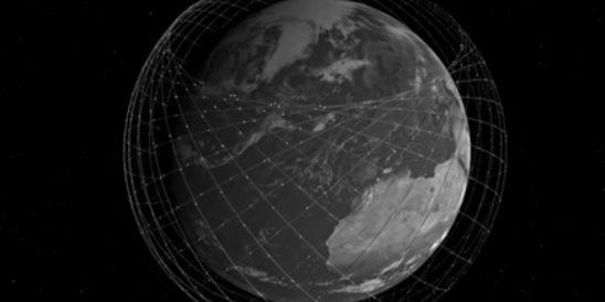 """Elon Musk: """"Satelliten-Internet soll jedem Menschen auf der Erde Zugang zum Internet ermöglichen"""" (Foto: Screenshot, Youtube)"""
