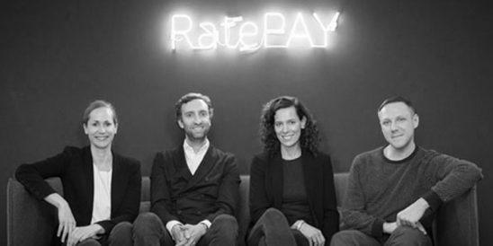 Miriam Wohlfarth, Alexis Giesen und Michael Röbbecke (Foto: Pressematerial, Ratepay)