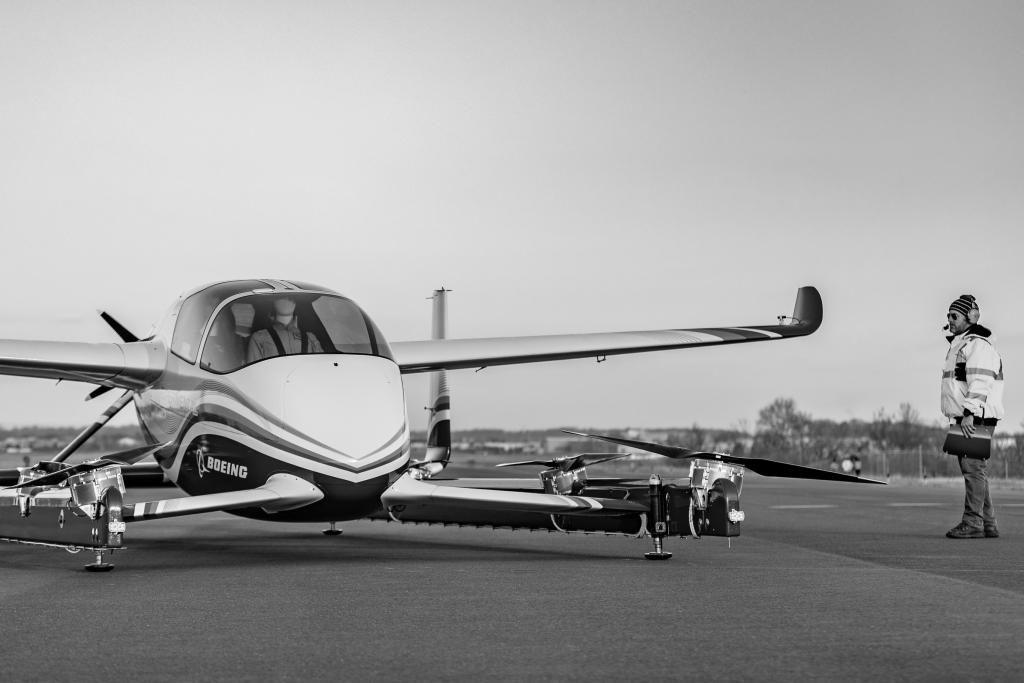 Das autonome Fluggerät von Boeing hat seinen Erstflug hingelegt.