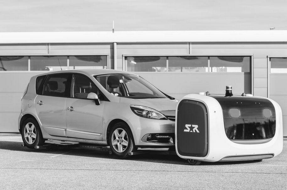 Die Parkservice-Roboter heben die Autos an und transportieren sie auf einen freien Parkplatz.