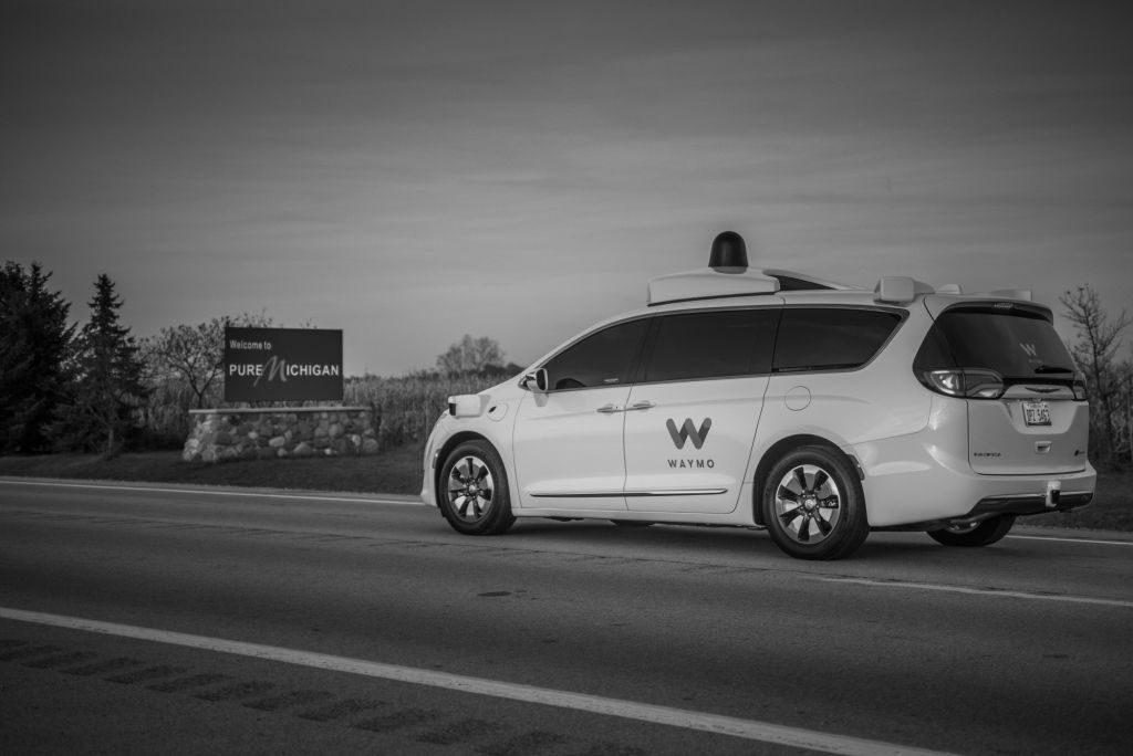 Autos von Waymo werden zukünftig in Michigan auf autonomen Betrieb umgebaut.