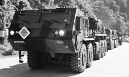 M1075A1_PLS_with_armored_cab