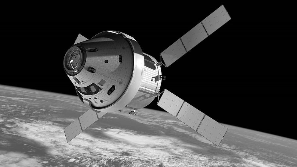 Im Weltall wird es eng: Immer mehr Unternehmen wollen Satelliten in den Orbit transportieren.