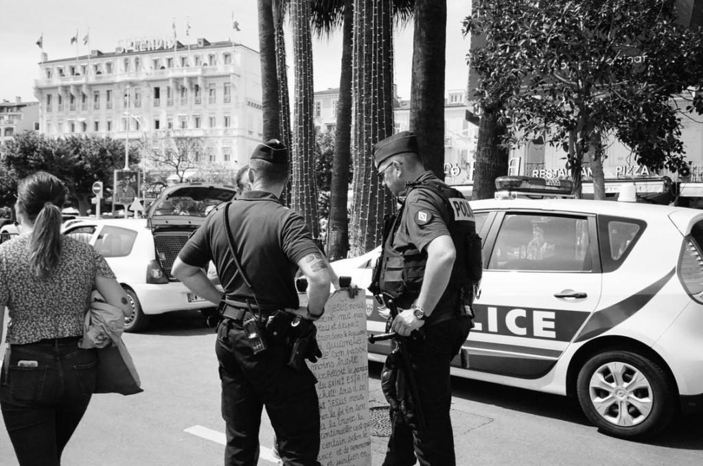 Von Ermittlungsdokumenten der Polizei in San Francisco wird eine anonymisierte Version generiert.