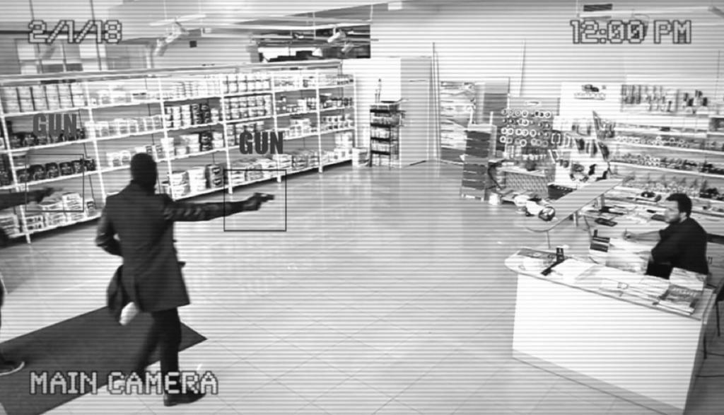 Die Kamera von Athena Security löst Alarm aus, sobald sie eine Waffe erkannt hat.