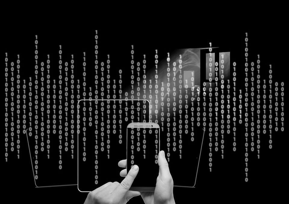 Die Software von Intersect Labs wählt das Lernmodell passend zu den übermittelten Datensätzen.