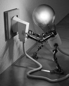 Künstliche Intelligenz bei erneuerbaren Energien, Wolfgang Wahlster fort neue KI-Technologien, KI für Flüchtlinge und im Ingenieurswesen (Foto: Pixabay)