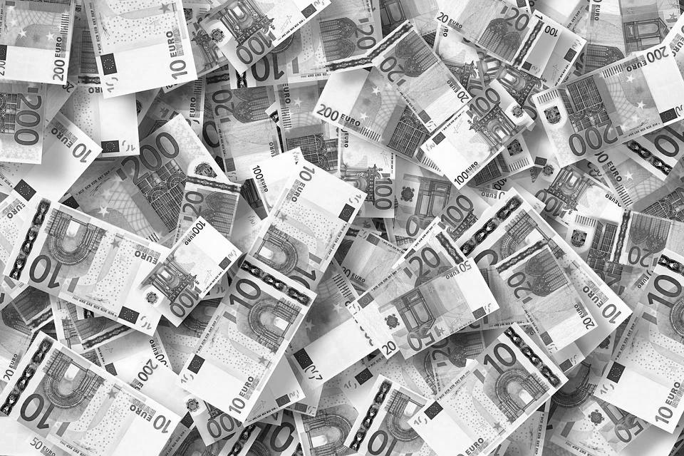 Online-Kredit-Betrug: Kreditvermittler kassierte rechtswidrig Geld - 30 Millionen Euro Entschädigung für Maxda-Kunden (Foto: Pressematerial/Pixabay)
