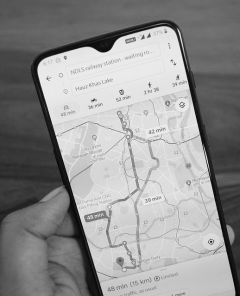 Google Maps bekommt neuen Konkurrenten im Bereich mobile Kartendienste: DuckDuckGo (Pixabay)