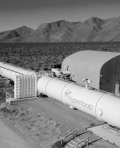 Richard Branson und sein Unternehmen Virgin Hyperloop baut Hyperloop-Teststrecke für 500 Millionen US-Dollar (Foto: Virgin Hyperloop)