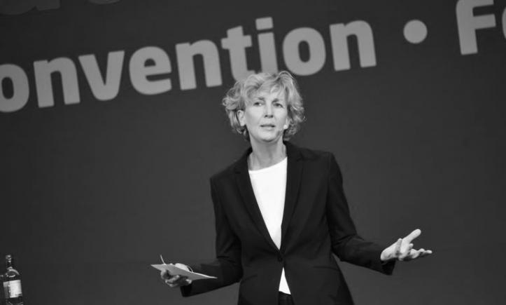 Microsoft Deutschland hat neue Chefin - Christine Haupt übernimmt vorläufig die Leitung, Sabine Bendiek geht